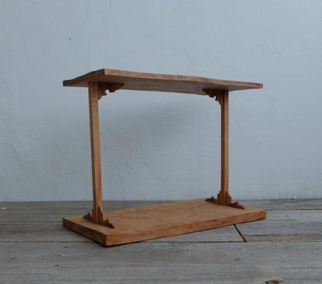 和飾りのサイドテーブル