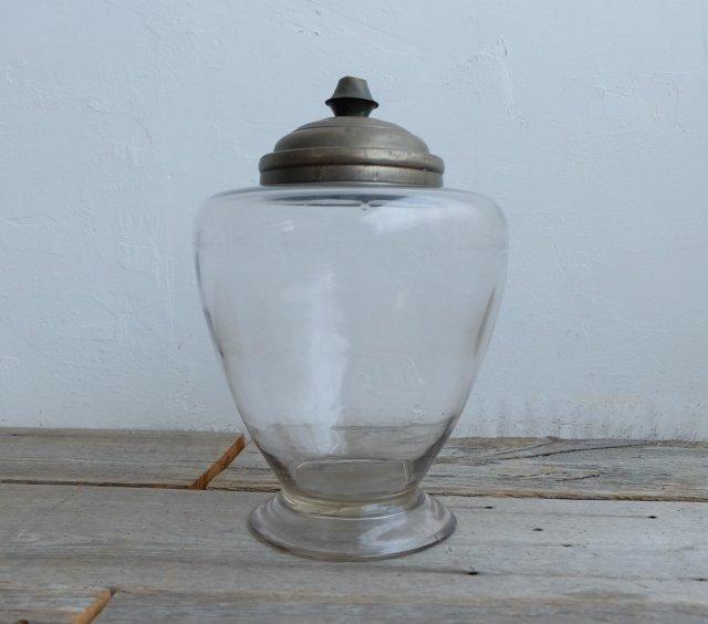 真鍮蓋のガラス瓶