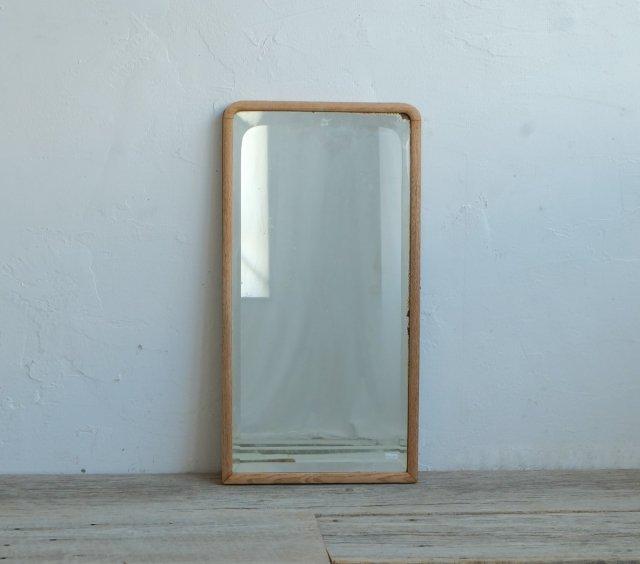 縦長の小さな鏡(参)
