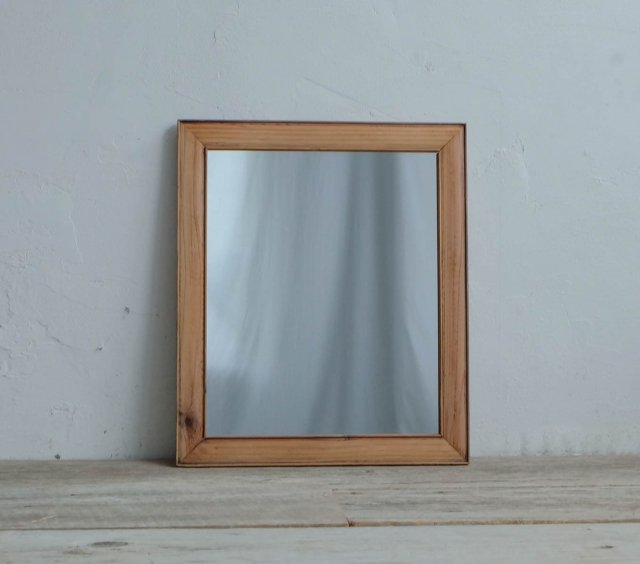 長方形の杉の鏡(四)
