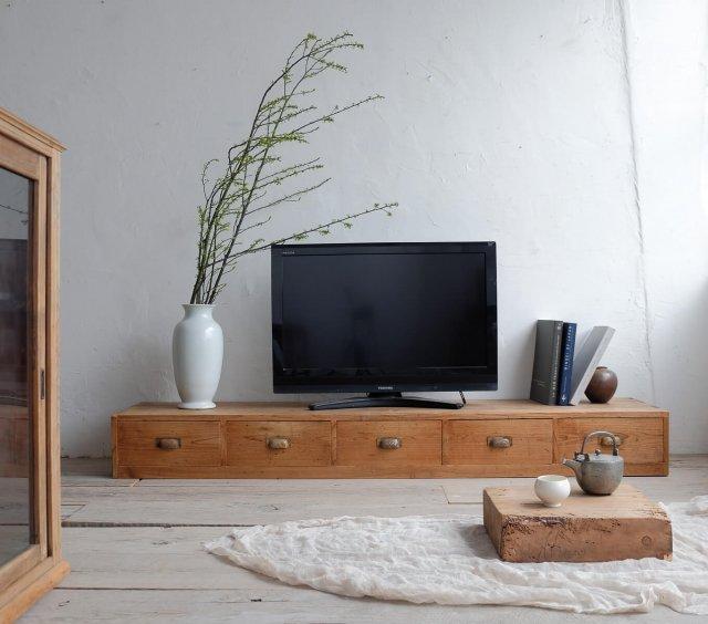 【HOLD】五杯のテレビボード