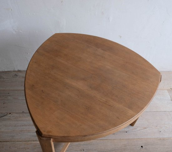 コーヒーテーブル(triangle)の画像