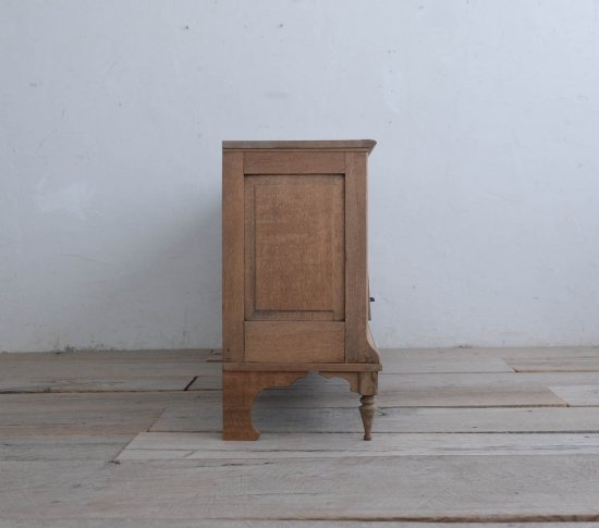 エレガントなテレビボード(Final)の画像
