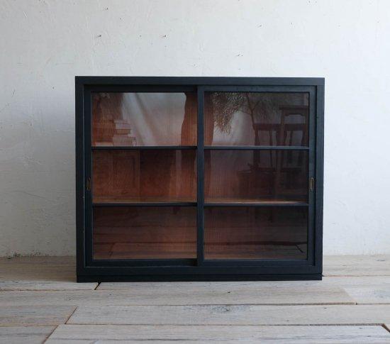 漆黒の飾り棚(Type:A)の画像