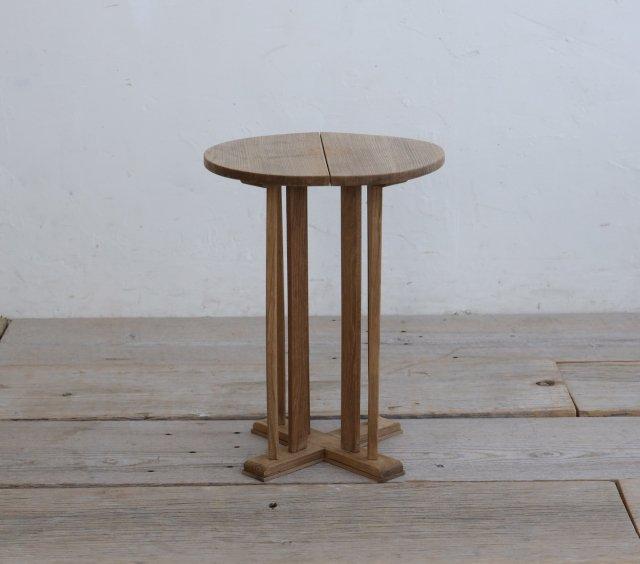 ハンサムなサイドテーブル