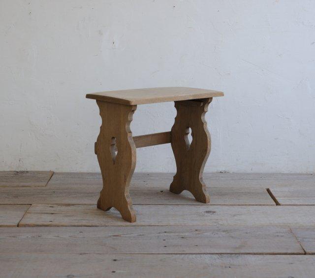 モダンなサイドテーブル(Medium)