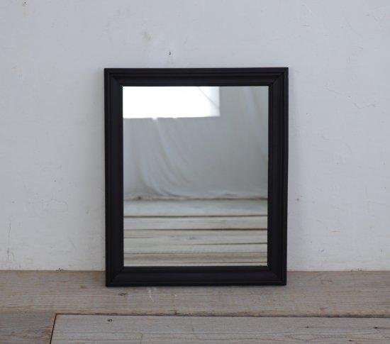 エレガントな漆黒のミラーの画像