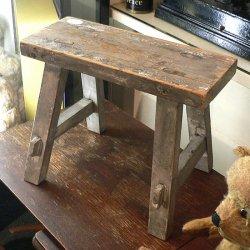 アメリカ1970年代ごろの木製ペイント・スツール【 アンティーク1710-10 】