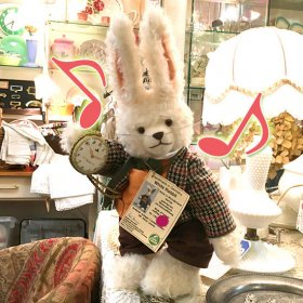 緑ハーマン社*不思議の国のアリス・シリーズ / Alice in Wonderland Series*「白ウサギ / White Rabbit」*GOLDEN TEDDY AWARD【 H-009 】<img class='new_mark_img2' src='https://img.shop-pro.jp/img/new/icons11.gif' style='border:none;display:inline;margin:0px;padding:0px;width:auto;' />