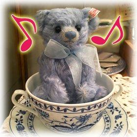 2009年 * 北米限定 * ドイツの高級陶磁器のKAHLA(カーラ)社とのコラボ・ベア *「クラーラ・ザ・ティーカップ・ベア / Klara the Teacup Bear 」*【 S-1920 】<img class='new_mark_img2' src='https://img.shop-pro.jp/img/new/icons11.gif' style='border:none;display:inline;margin:0px;padding:0px;width:auto;' />