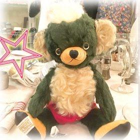 「 Punkinhead British Green 」* 2009年 * 名古屋栄三越本店で開催された