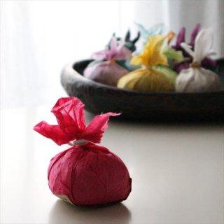 おまとめ買い<br>赤い果実とクレイの石鹸 3個セット
