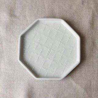 雪花八角皿 白磁