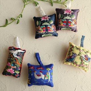 刺繍針山 / 吉祥