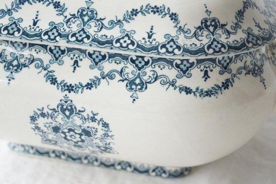 陶器の蓋付スーピエール