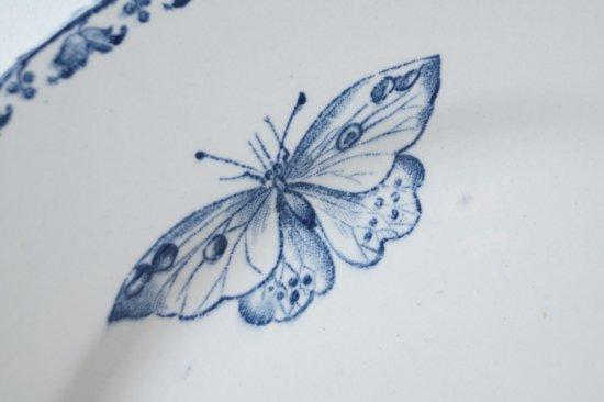 青い蝶柄のプレートC