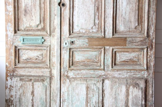 シャビーなオーク材ドア