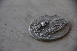 小さなモールド ルルドの泉/ロザリオの祈り