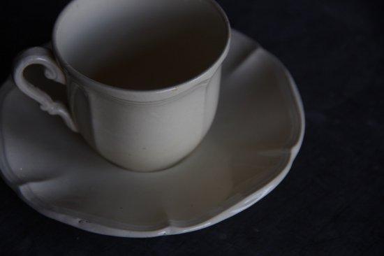 サルグミンヌ ティーカップ&ソーサーj