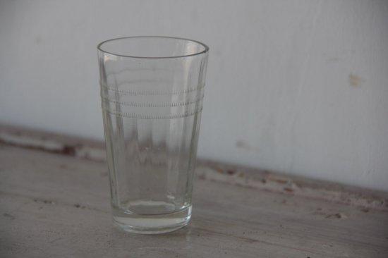 小さなガラスコップ