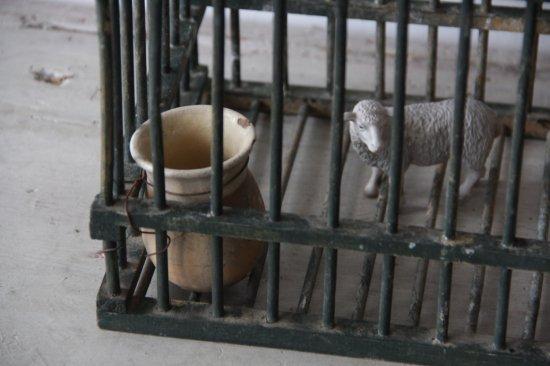 グリーンペイントの鳥かご 壺付き/アンティークバードケージ