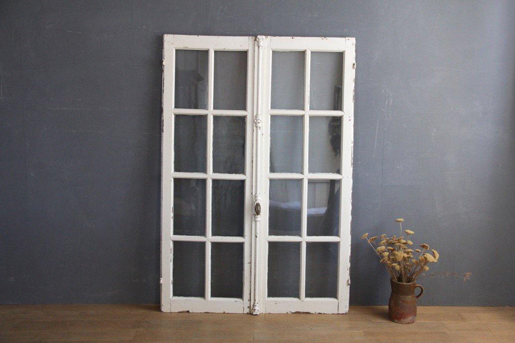 フランスアンティーク グレモン錠付き 白ペイントの窓 B