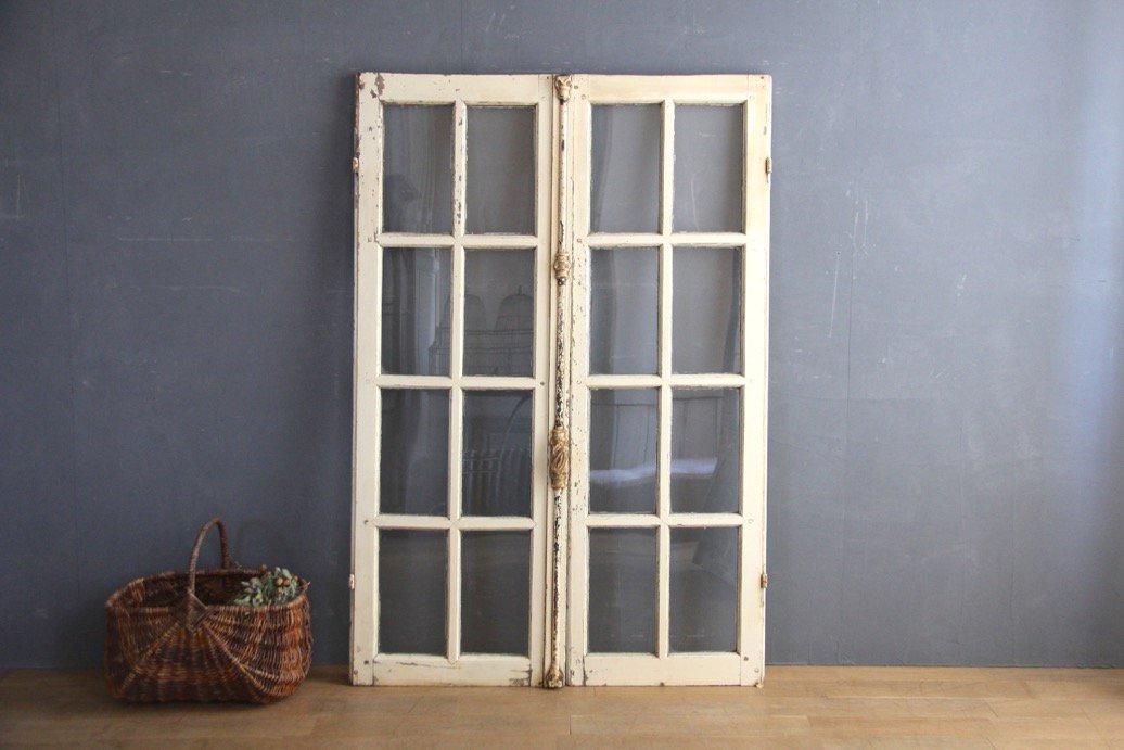 フランスアンティーク グレモン錠付き 白ペイントの窓 A
