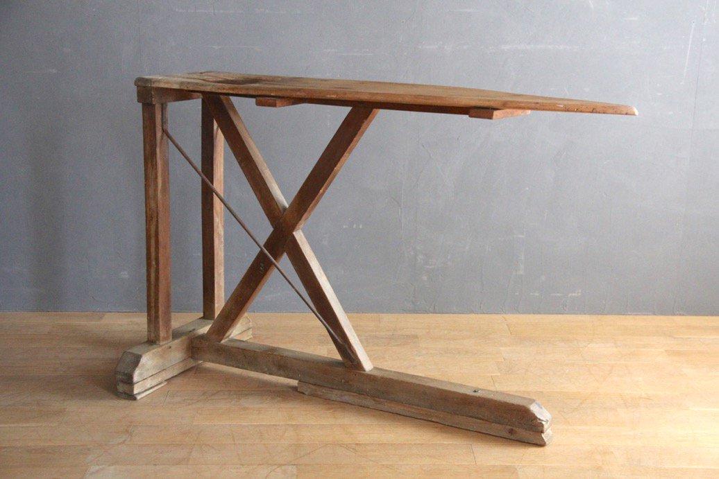フランスアンティーク 木製のアイロン台