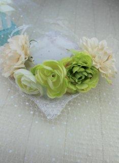 (HD014) ホワイト×グリーンビグ花冠(ホワイトリボン付)