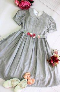 (GF004) ライトグレー 丸襟×ウェスト小花付き 半袖ワンピース