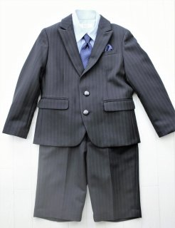 (BF080) ブラックスーツ 水色シャツ ブルードットタイ