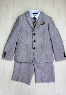 (BF202) ライトベージュスーツ 茶色くるみボタン イエロー系タイ