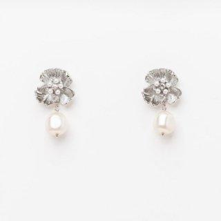 【ラスト1点】ブロッサムパールピアス <Silver>| Blossom Flower Pearl Earrings|ピアス