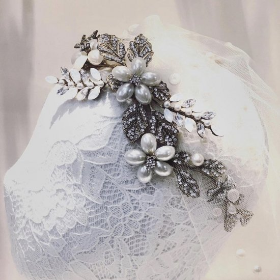 パールフラワー ヘッドドレス + イヤリングセット 7