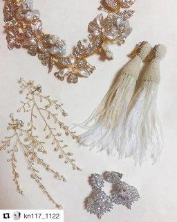ブログ 秋冬に人気のふわふわ 羽のフェザータッセル