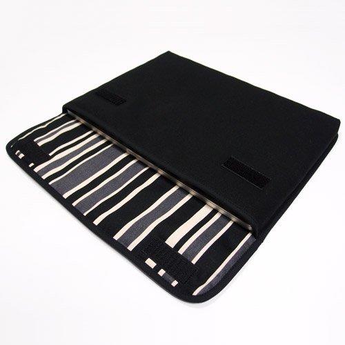 MacBook Pro 13インチケース:FILO(ブラック・カーボンストライプ)