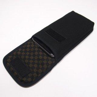 iPhone SEケース --タテ型(ブラック・ブラウンチェック)--ベルトなし