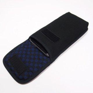 iPhone SEケース --タテ型(ブラック・ネイビーチェック)--ベルトなし