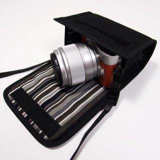 LUMIX GF10ケース/GF9ケース(ブラック・アルバグレイ)-- 単焦点/望遠ズームレンズ用 --カラビナ付