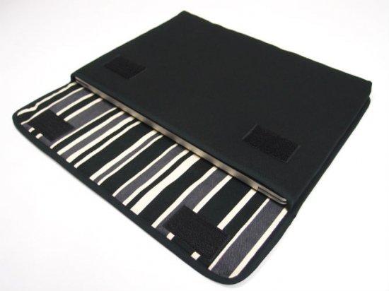 Surface Laptop3 ケース / Surface Laptop2 ケース「FILO」13.5インチ(ブラック・カーボンストライプ)