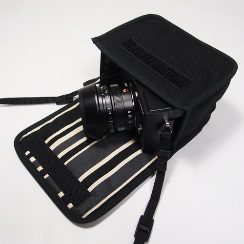 LUMIX GX7 Mark IIIケース(ブラック・カーボンストライプ)--単焦点ライカDGレンズ+レンズフード用--カラビナ付