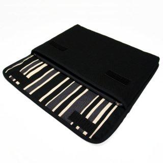 iPad Airケース「FILO」(ブラック・カーボンストライプ)for 第3世代 2019年モデル