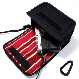 FUJIFILM X-E4ケース(ブラック・ボルドーストライプ)単焦点レンズ XF27mm用 カラビナ付