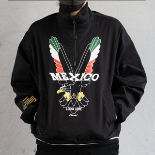 <img class='new_mark_img1' src='https://img.shop-pro.jp/img/new/icons15.gif' style='border:none;display:inline;margin:0px;padding:0px;width:auto;' />Eagle Half-zip Blouson