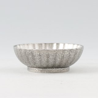 錫 小鉢菊 漆黒仕上げ 商品番号:1300-2/名入れ・マーク入れ 不可