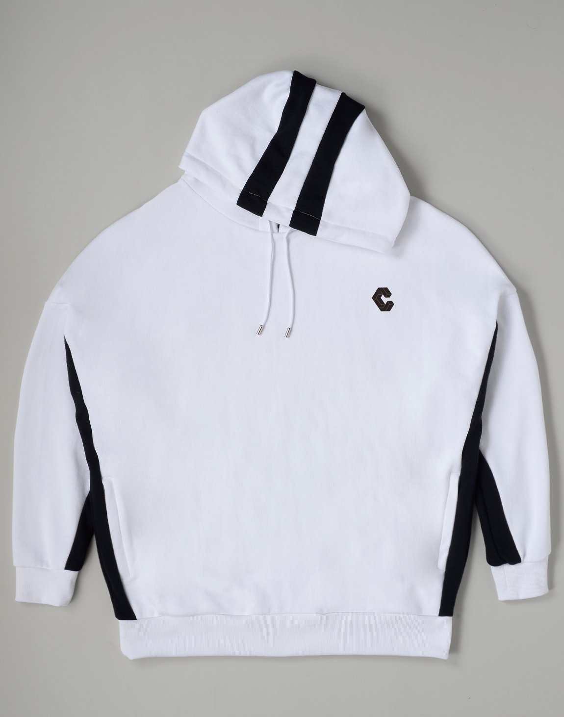 <img class='new_mark_img1' src='https://img.shop-pro.jp/img/new/icons55.gif' style='border:none;display:inline;margin:0px;padding:0px;width:auto;' />CRONOS 2STRIPE HOODIE【WHITE】
