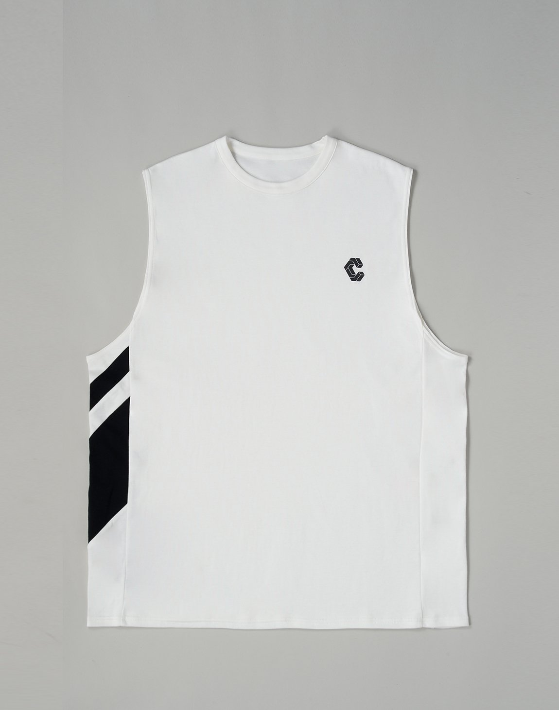 <img class='new_mark_img1' src='https://img.shop-pro.jp/img/new/icons55.gif' style='border:none;display:inline;margin:0px;padding:0px;width:auto;' />CRONOS SLANTED LINE TANKTOP【WHITE】