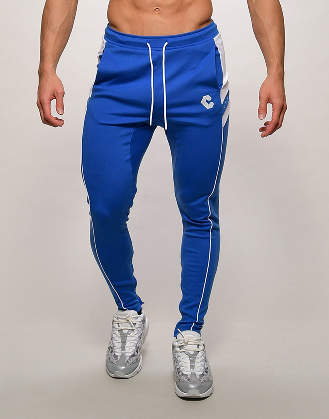 <img class='new_mark_img1' src='https://img.shop-pro.jp/img/new/icons55.gif' style='border:none;display:inline;margin:0px;padding:0px;width:auto;' />CRONOS NARROW SWEAT PANTS【BLUE】