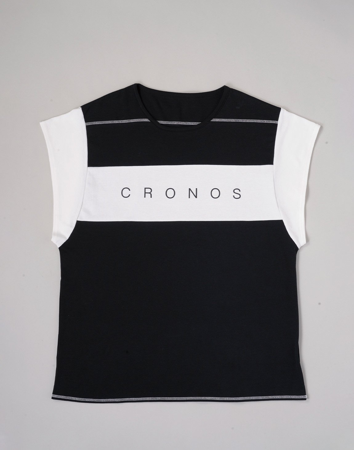 <img class='new_mark_img1' src='https://img.shop-pro.jp/img/new/icons55.gif' style='border:none;display:inline;margin:0px;padding:0px;width:auto;' />CRONOS BANNER LOGO TOPS【BLACK】