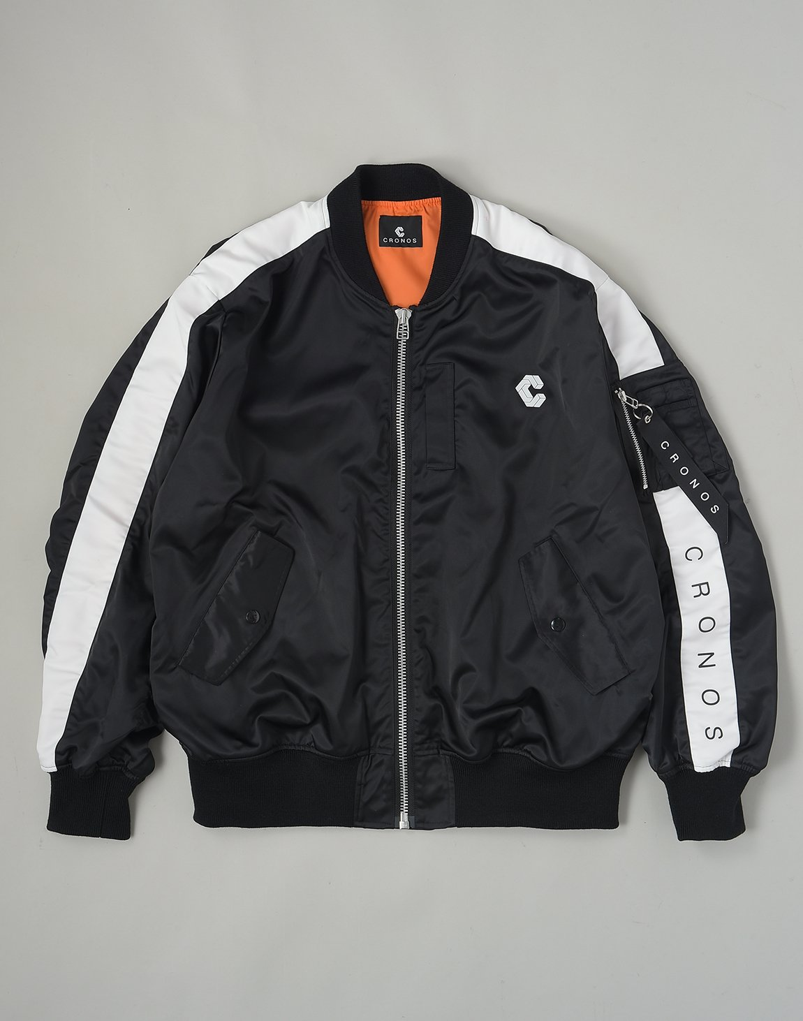 <img class='new_mark_img1' src='https://img.shop-pro.jp/img/new/icons1.gif' style='border:none;display:inline;margin:0px;padding:0px;width:auto;' />CRONOS NEW BOMBER JACKET【BLACK】